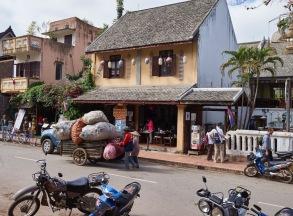 Laos Recycling