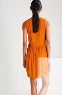 dress2c
